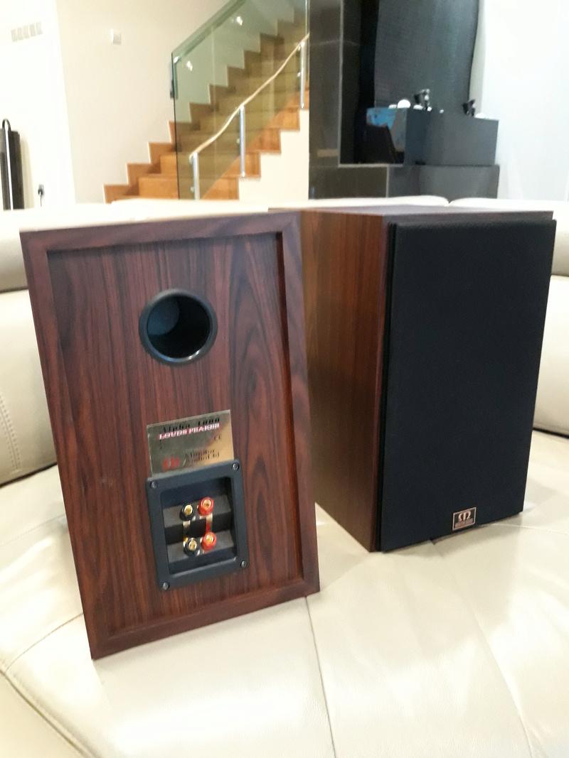 Monitor Audio Bookshelf Speaker.Sold.  20180516