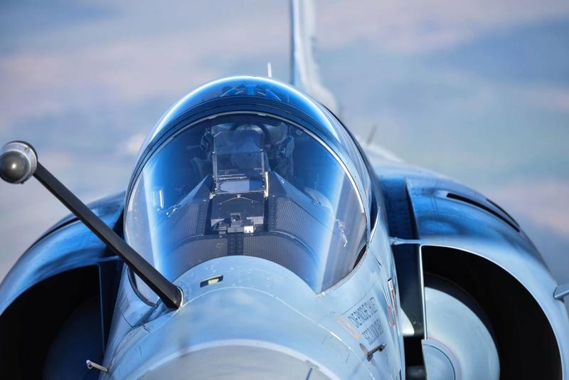 Dassault Mirage 2000 - Page 2 Lwnvds10