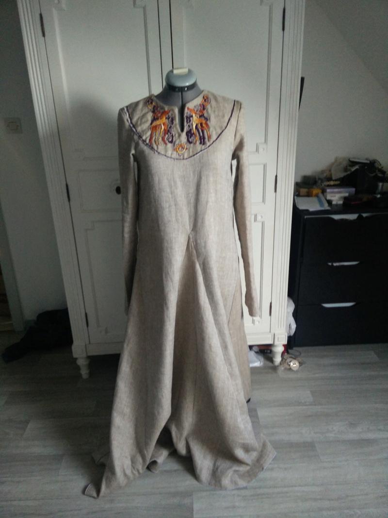 Robe et tablier viking ou.. Apron viking dress Img_2011