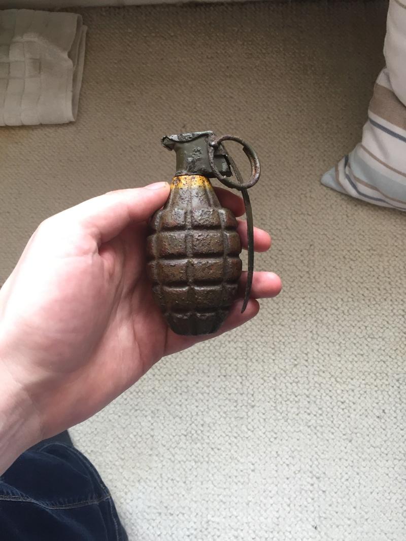 Première vente sur MC3 de grenade MK2 neutra  2e7f5310