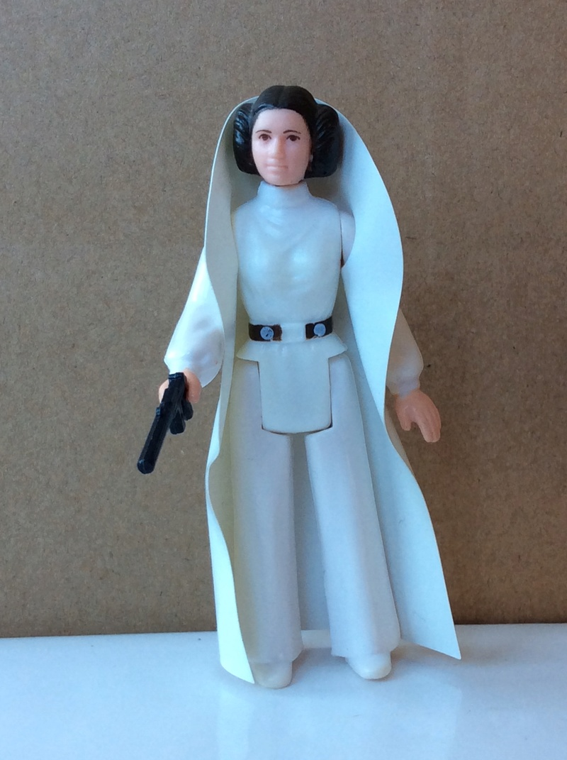 Princess Leia Organa Early Issue Cape Question - Page 2 D6b64410