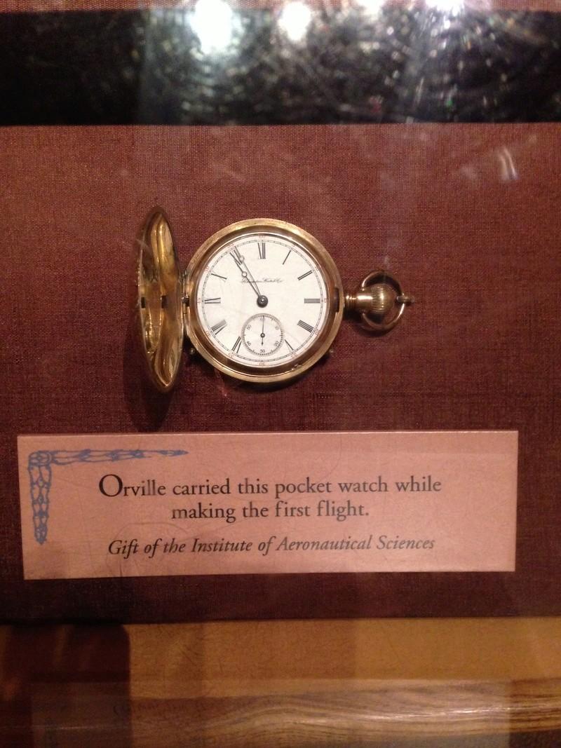 Des montres qui appartiennent à l'histoire ...  Img_1110