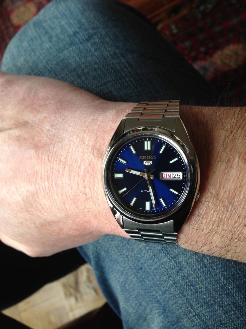 Les montres avec le Jour en français ! - Page 5 S5dim10