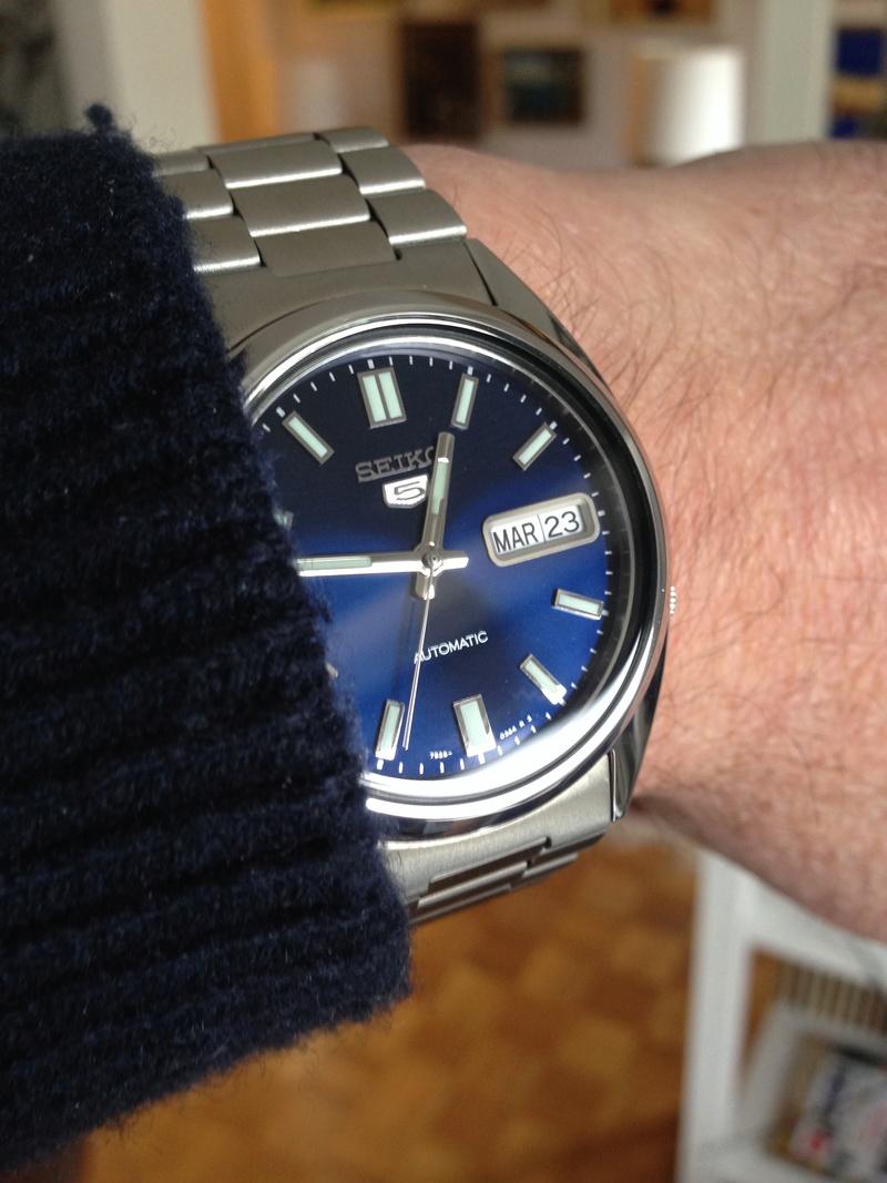 Les montres avec le Jour en français ! - Page 5 S5w211