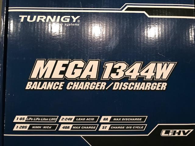 VENDO varios cargadores-balanceadores y fuentes de alimentación (TURNIGY) Img_0315