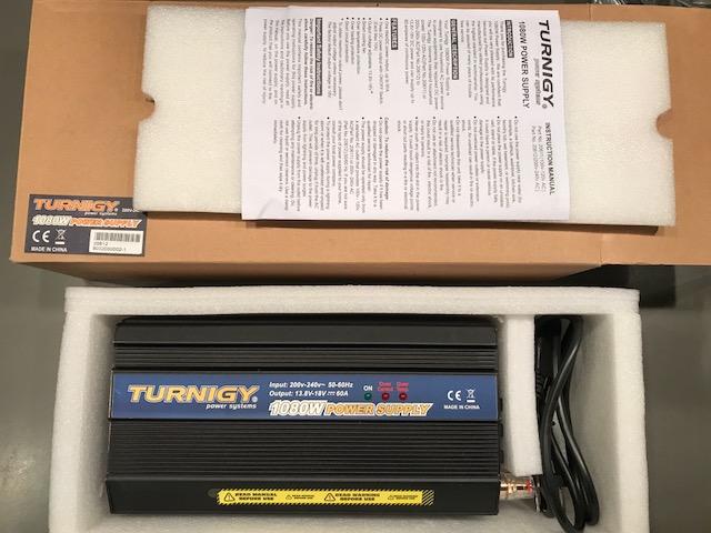 VENDO varios cargadores-balanceadores y fuentes de alimentación (TURNIGY) Img_9817