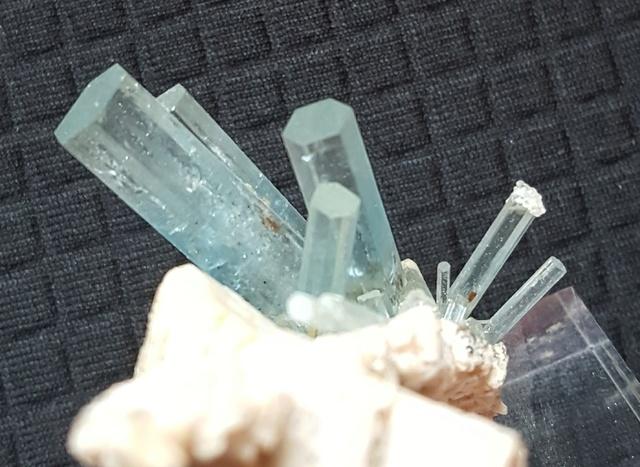 El mineral del mes - Abril i Maig 2018 Aiguam13