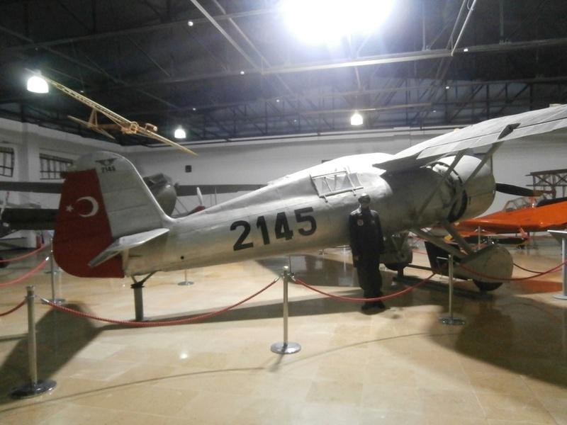 Zrakoplovni muzej u Istanbulu P1101010
