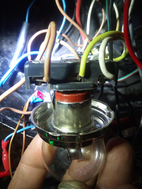 Ampoule LED pour phare AV de TS - Page 2 Img_2011