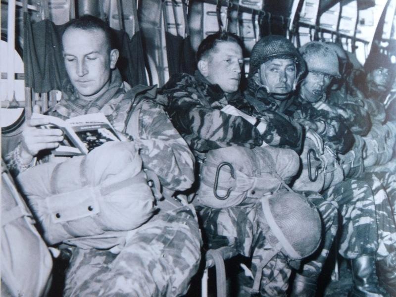 Casque 1er REP Sable 1961 Lt_bon10