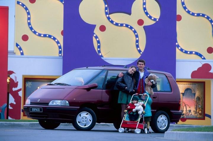 L'Espace Euro Disney, le Preview Center de Disneyland Paris (vidéo page 7) - Page 7 1c768910