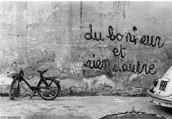 Les murs ont la parole. - Page 6 B50e5810
