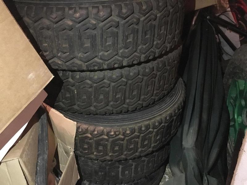 pneus  24463510
