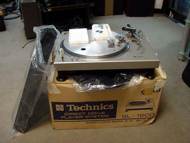 Nuevo Technics SL-1210GR y 1200GR Db3acb10