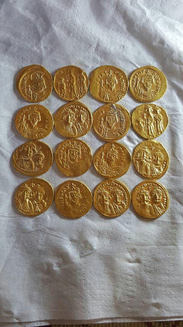 عملات بيزنطية للتقييم Photo_12