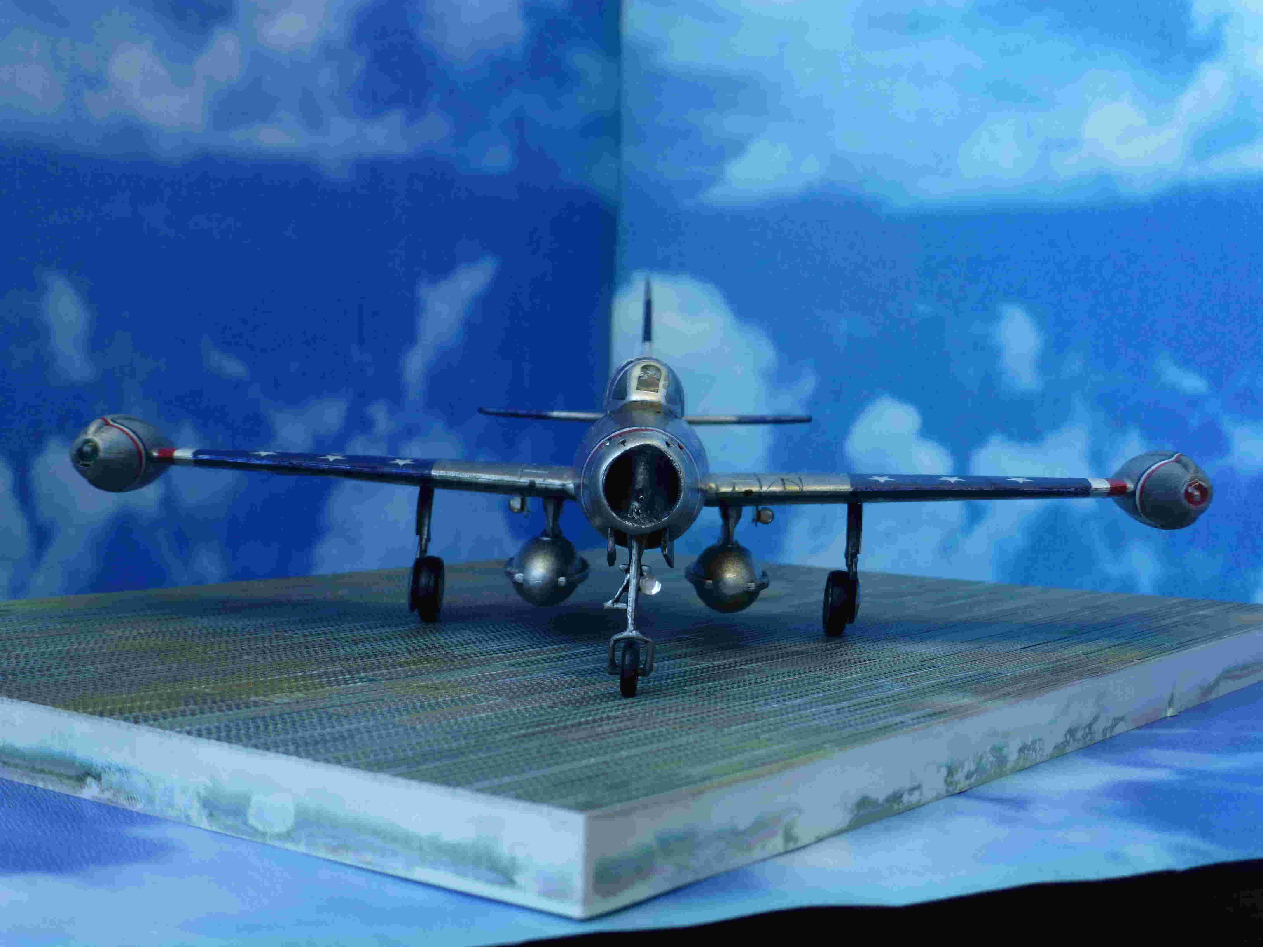 "Republic F-84G ""Skyblazers"" - Страница 2 P1110710"