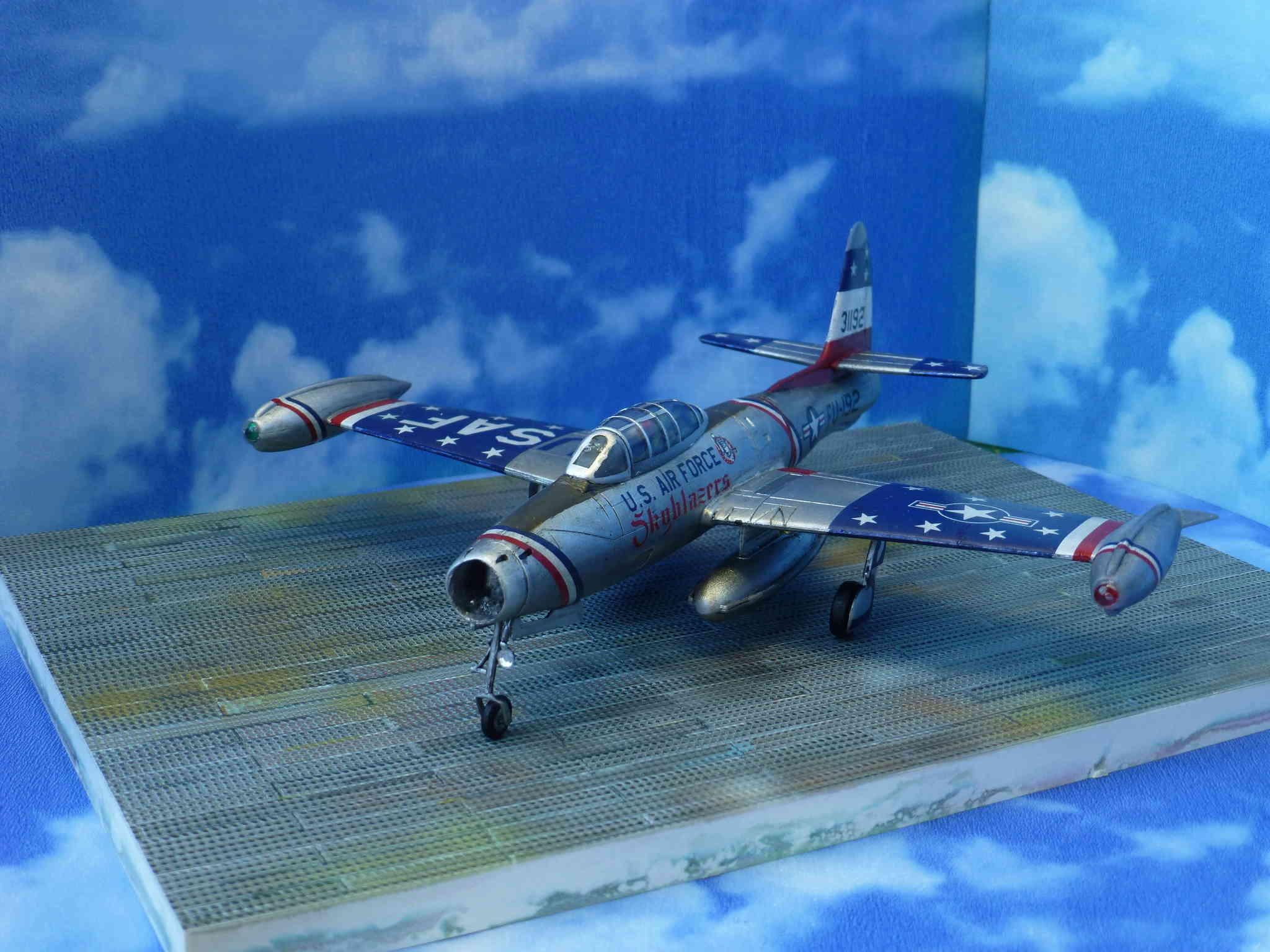"Republic F-84G ""Skyblazers"" - Страница 2 P1110712"