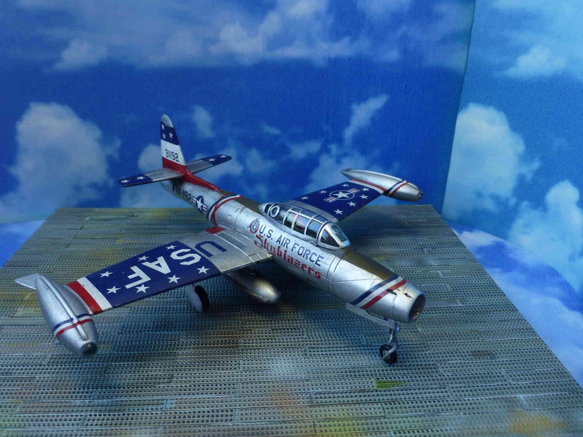 "Republic F-84G ""Skyblazers"" - Страница 2 P1110817"