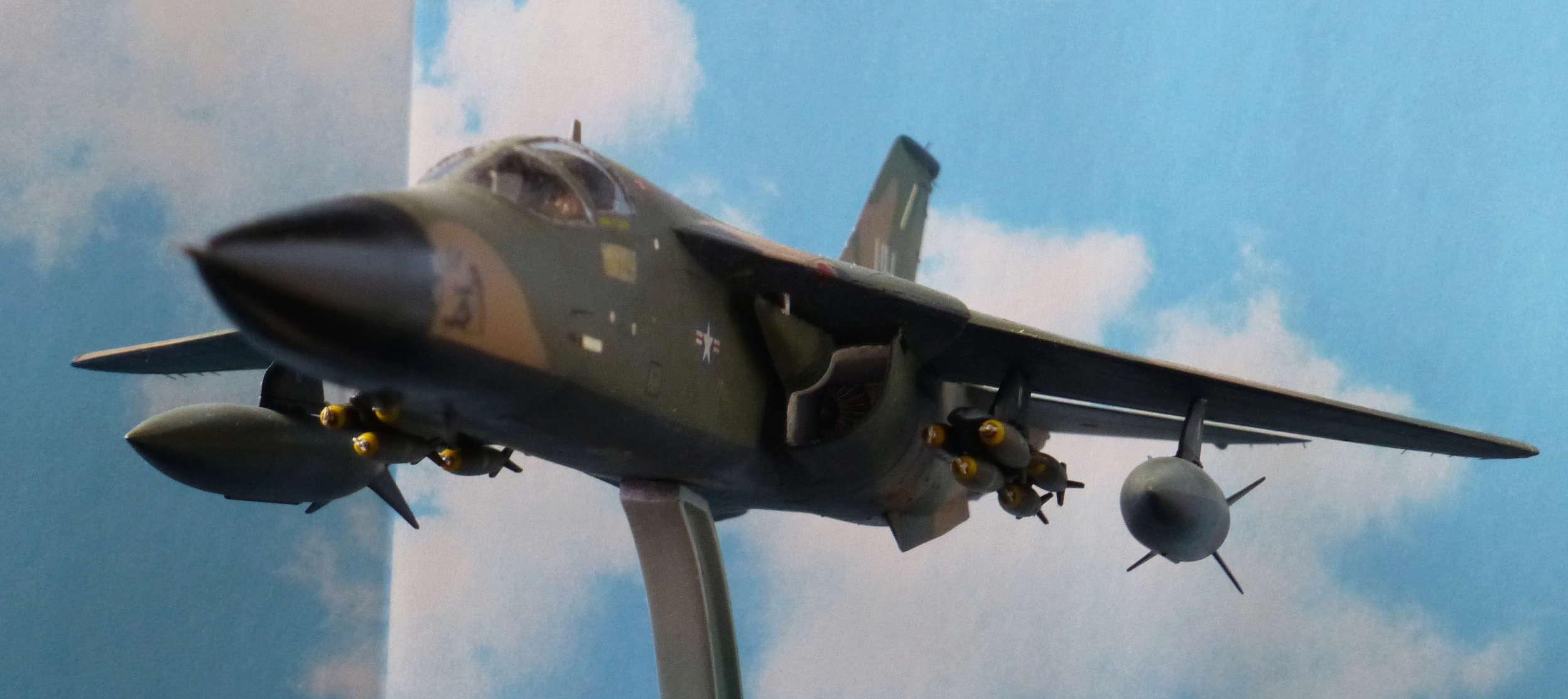 F-111E Airfix 9 04008 P1110916