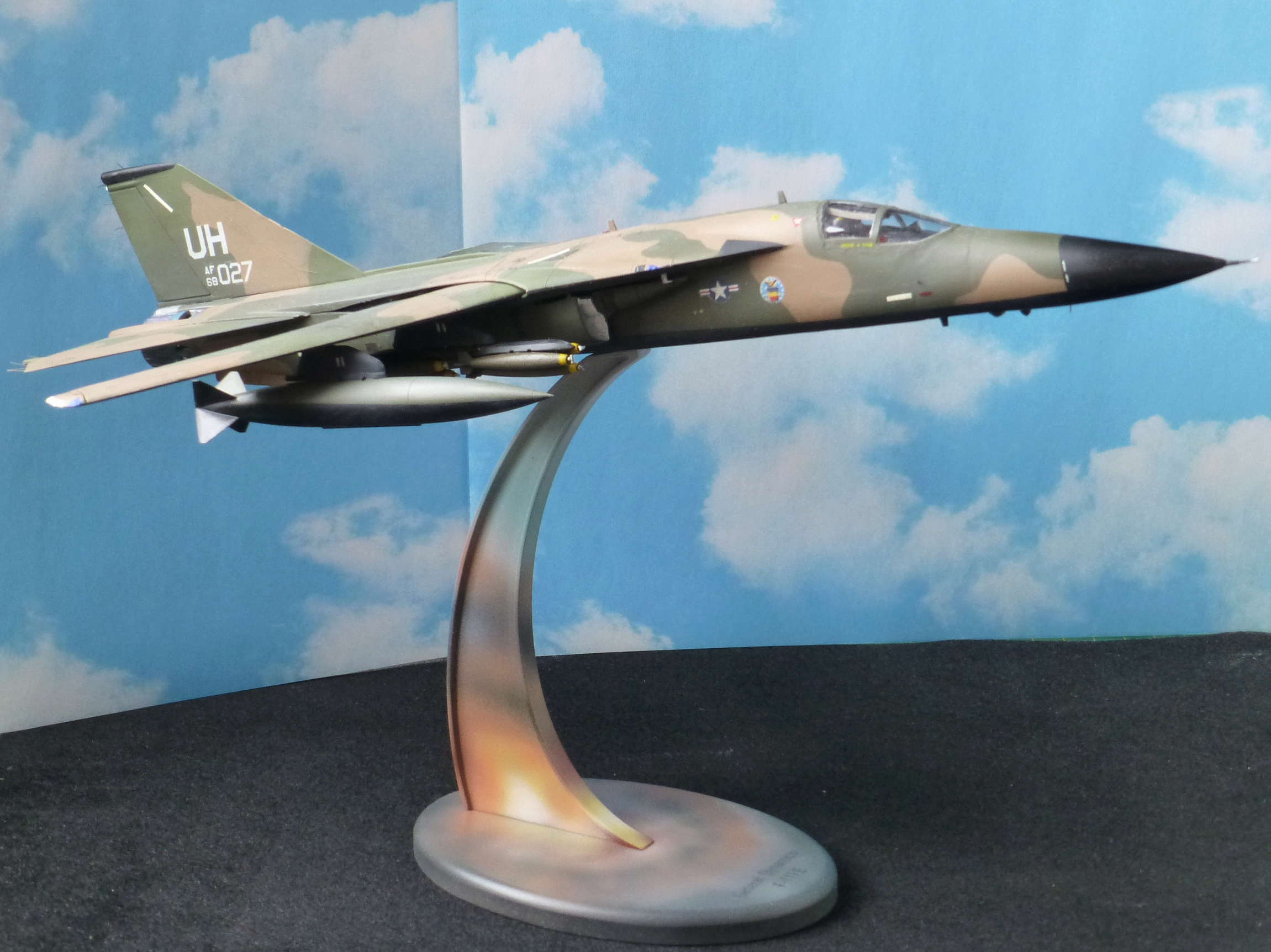 F-111E Airfix 9 04008 P1110919