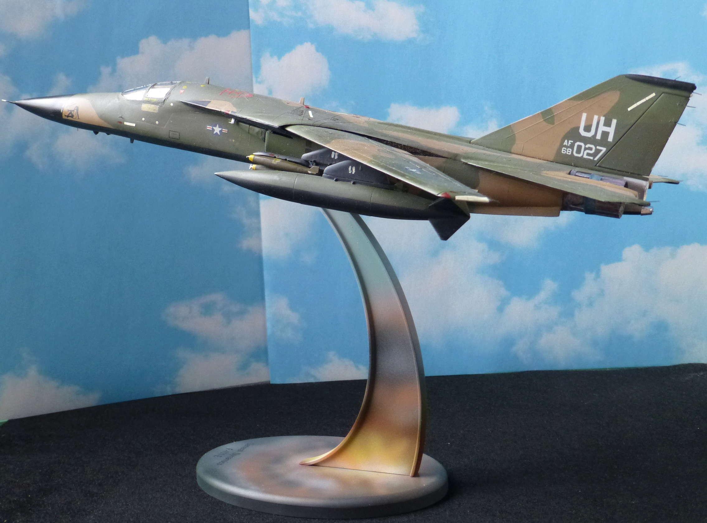 F-111E Airfix 9 04008 P1120012