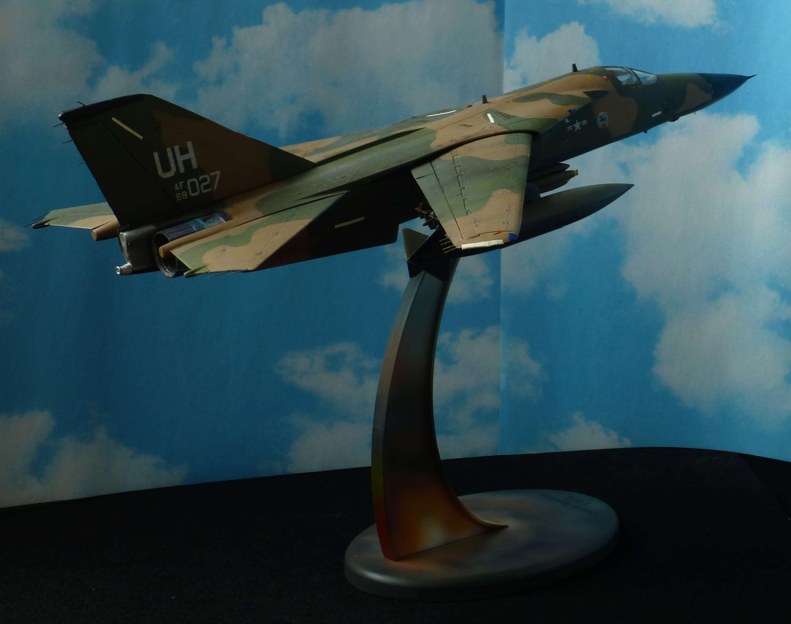 F-111E Airfix 9 04008 P1120020