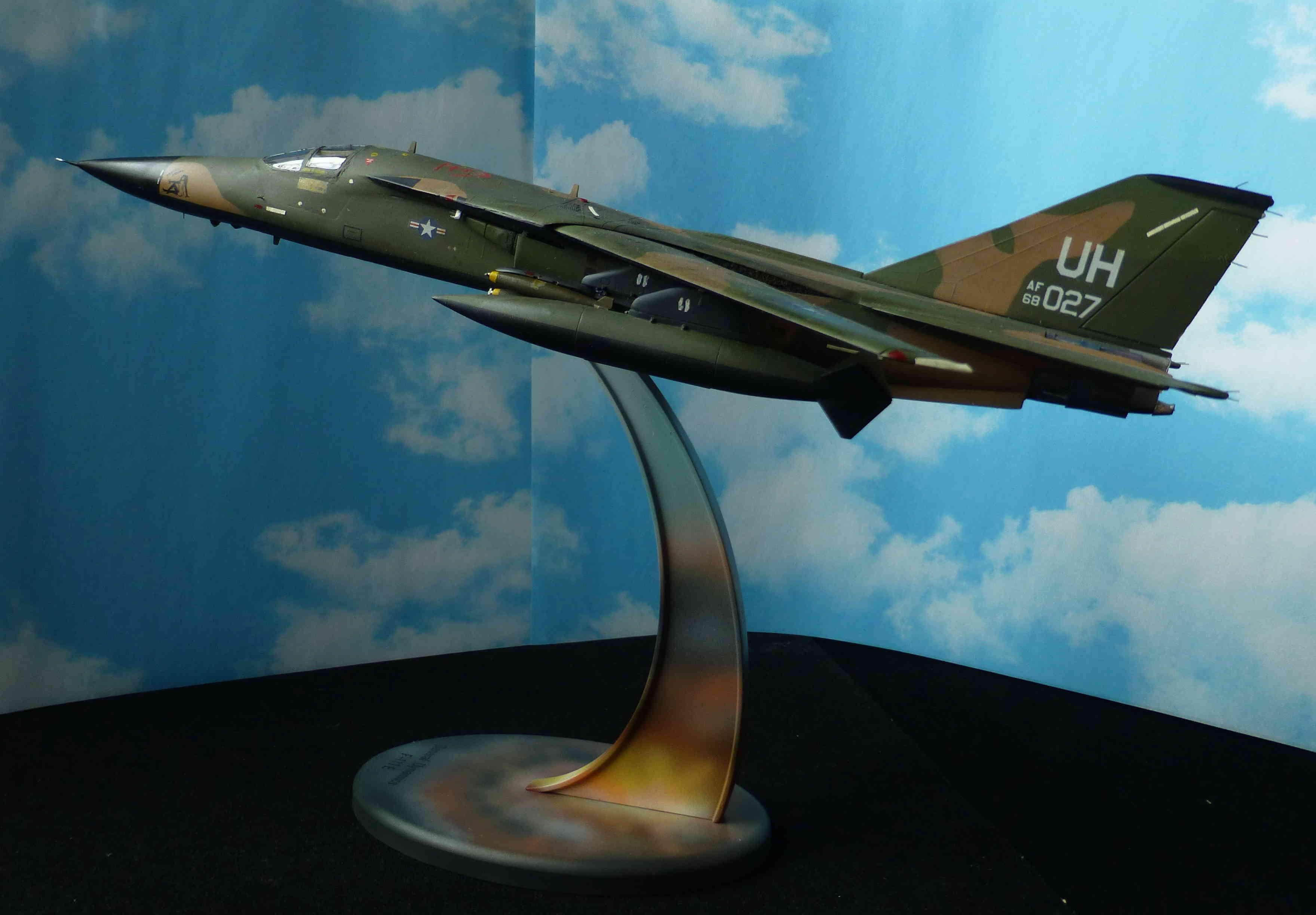 F-111E Airfix 9 04008 P1120022