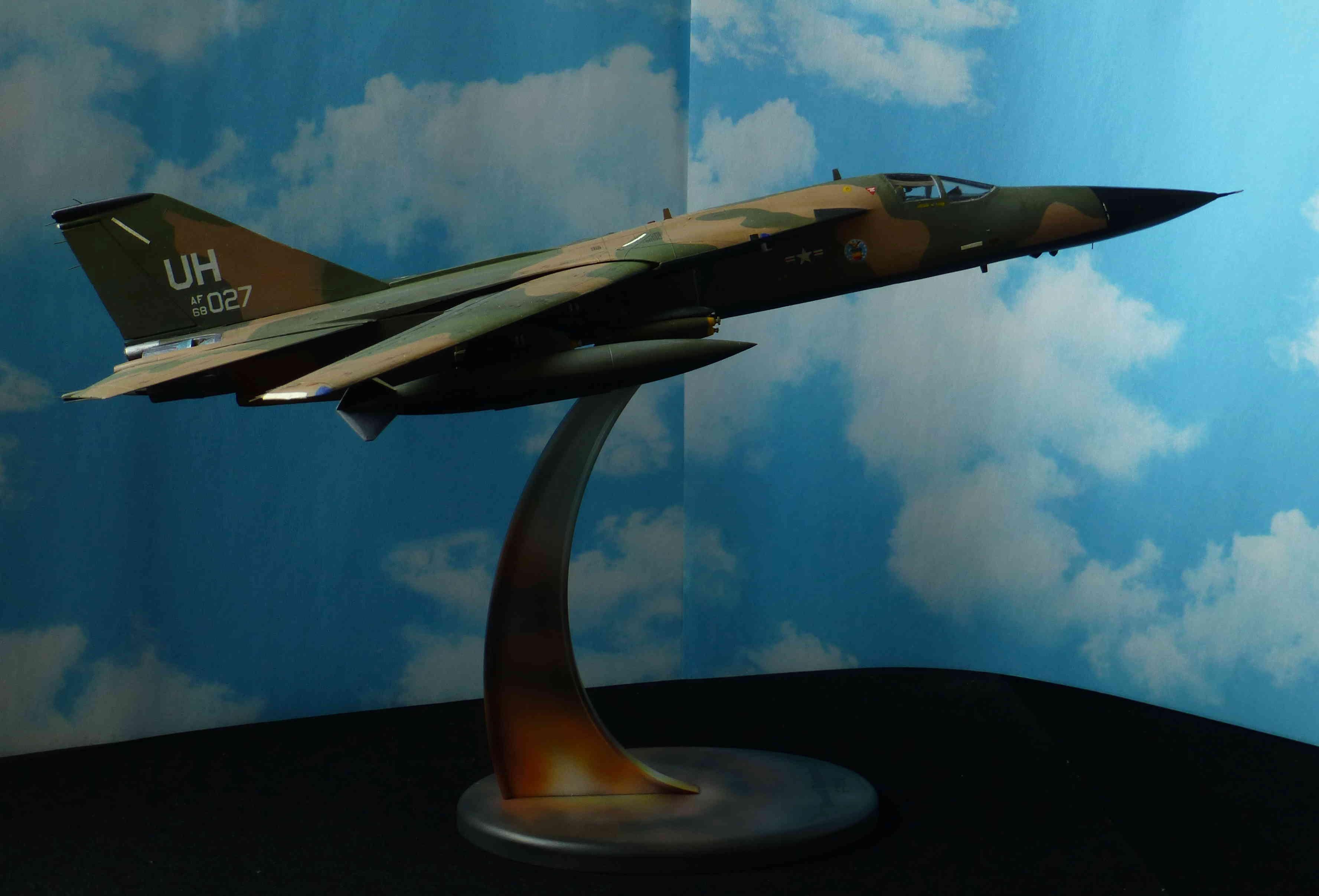 F-111E Airfix 9 04008 P1120024