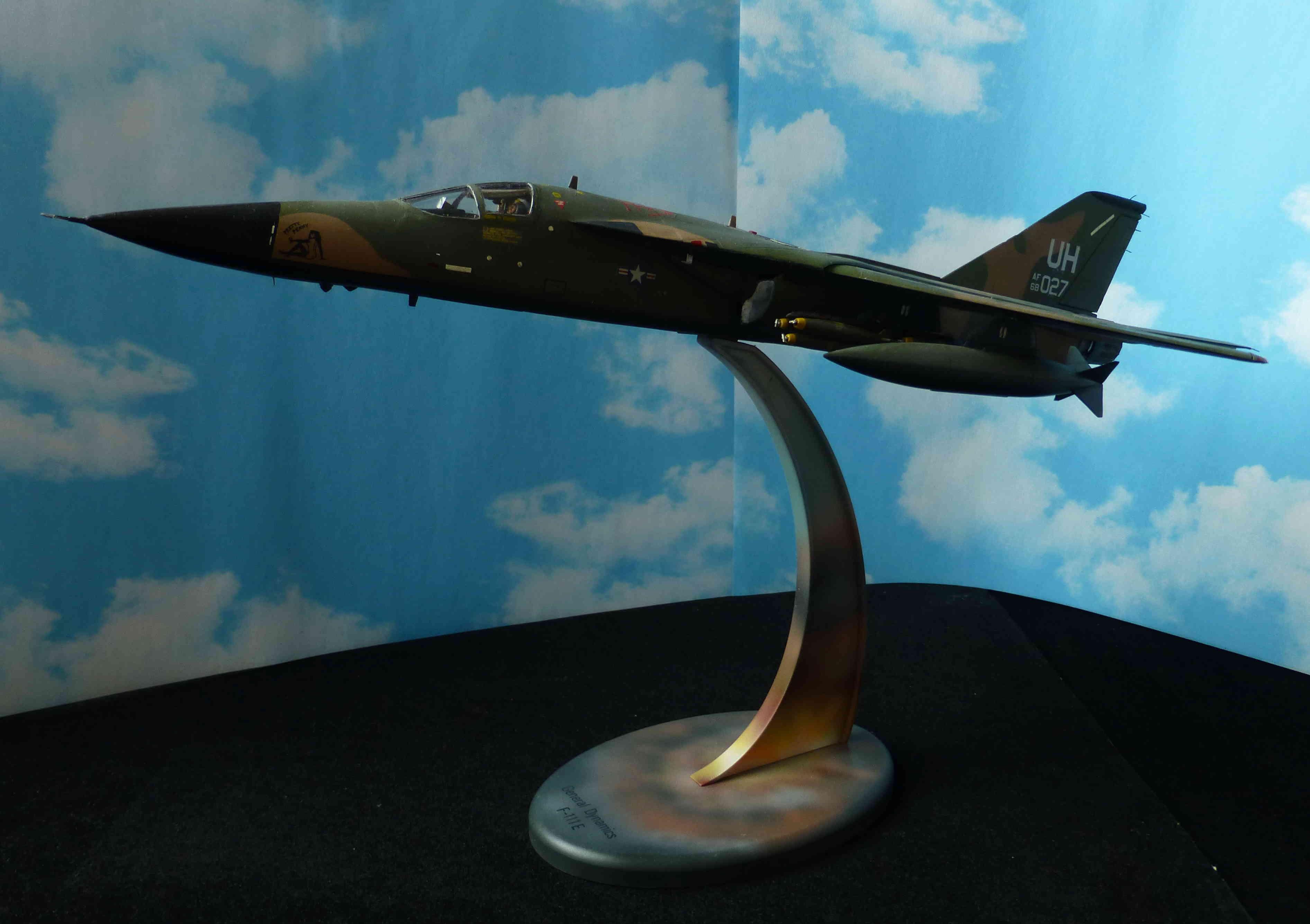 F-111E Airfix 9 04008 P1120026