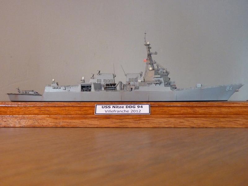 USS Nitze - DDG 94 1/700 Hobby Boss   P1080515