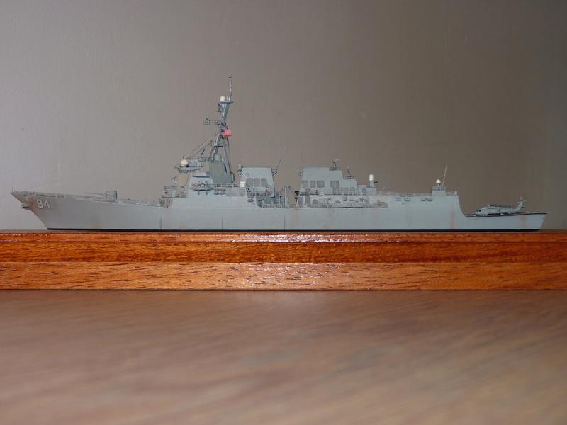 USS Nitze - DDG 94 1/700 Hobby Boss   P1080612