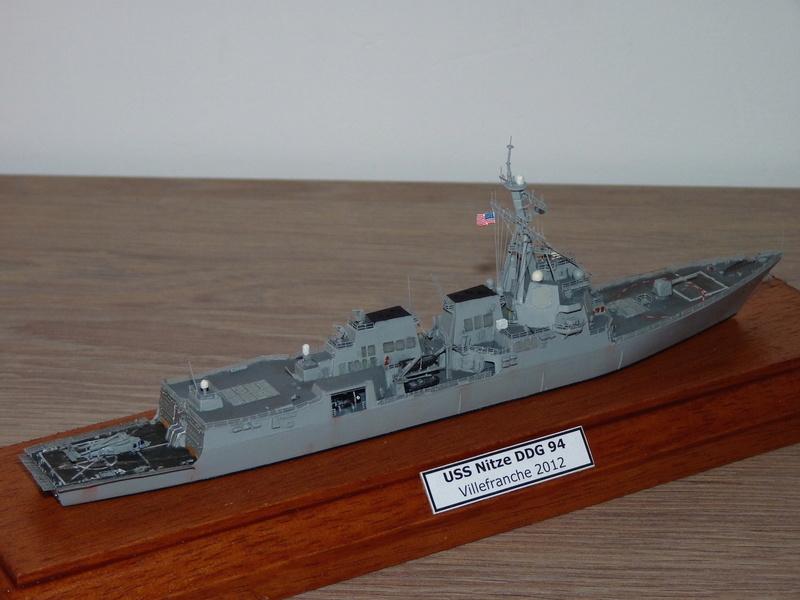 USS Nitze - DDG 94 1/700 Hobby Boss   P1080618