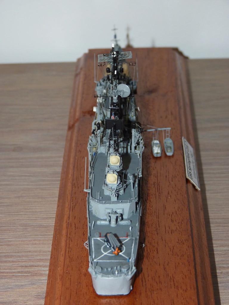 USS Springfield - CLG 7 1/700 Niko Model   P1080621