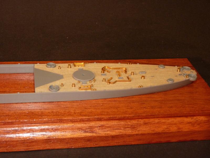 USS Missouri - BB 63 1/700 Tamiya   - Page 5 P1090126