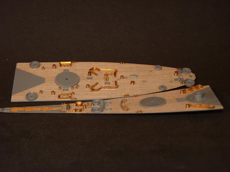 USS Missouri - BB 63 1/700 Tamiya   - Page 5 P1090128