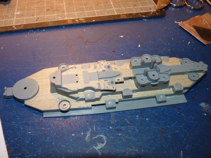 USS Missouri - BB 63 1/700 Tamiya   - Page 5 P1090144