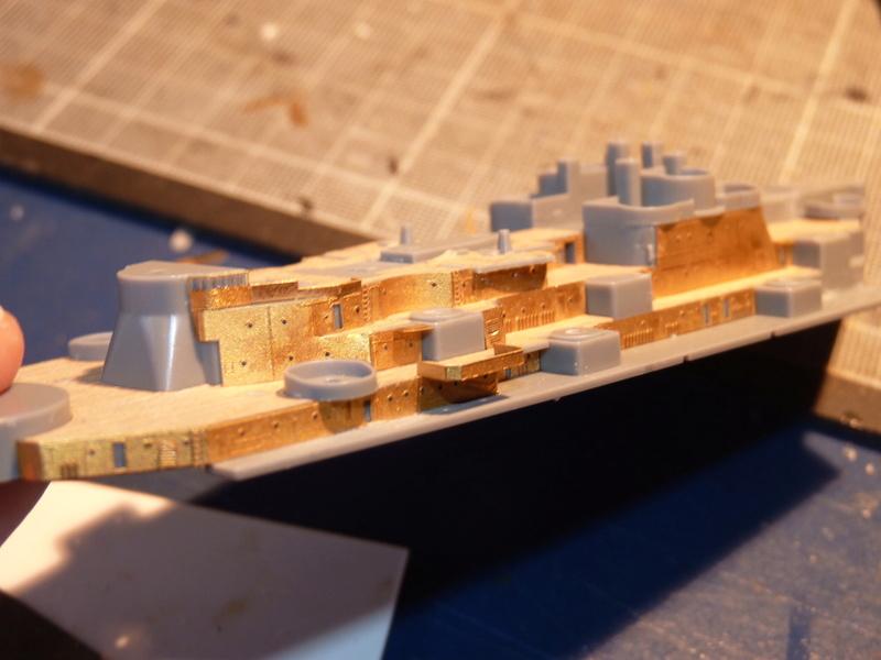 USS Missouri - BB 63 1/700 Tamiya   - Page 5 P1090148