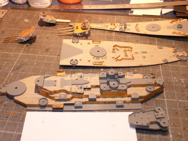 USS Missouri - BB 63 1/700 Tamiya   - Page 5 P1090149