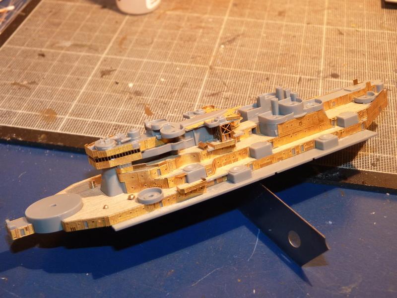 USS Missouri - BB 63 1/700 Tamiya   - Page 5 P1090152