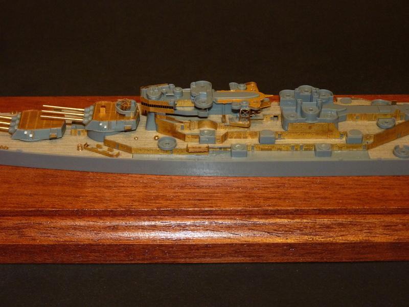 USS Missouri - BB 63 1/700 Tamiya   - Page 5 P1090156