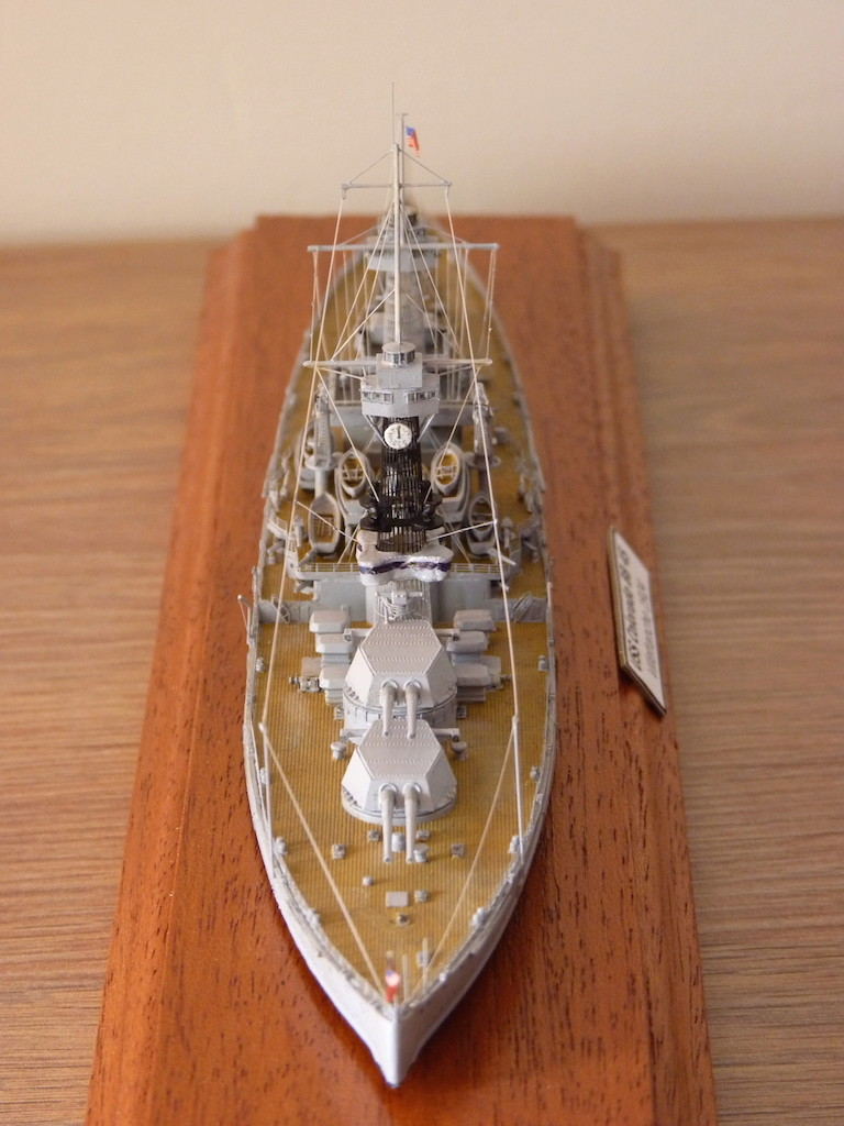 USS Colorado - BB 45  1/700 Trumpeter P1090166