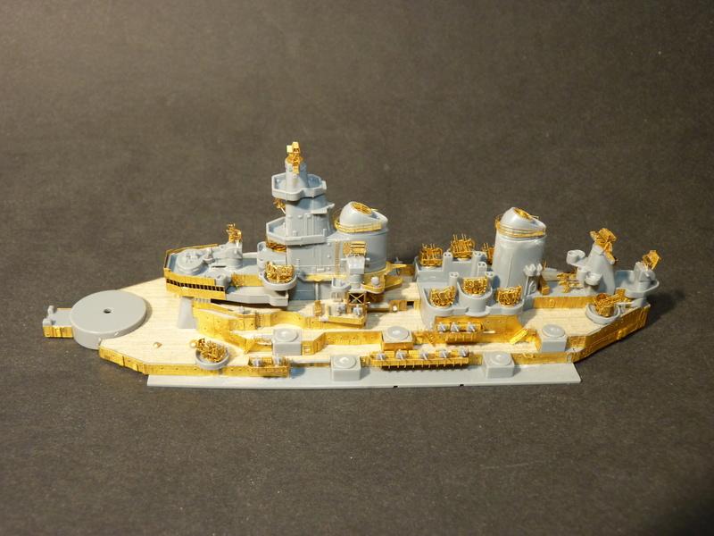 USS Missouri - BB 63 1/700 Tamiya   - Page 5 P1090313