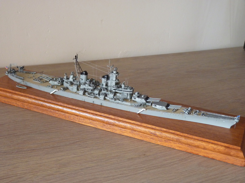 USS Missouri - BB 63 1/700 Tamiya   P1100858