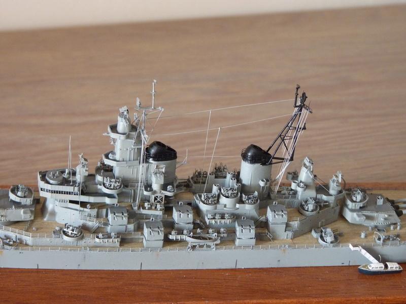 USS Missouri - BB 63 1/700 Tamiya   P1100862