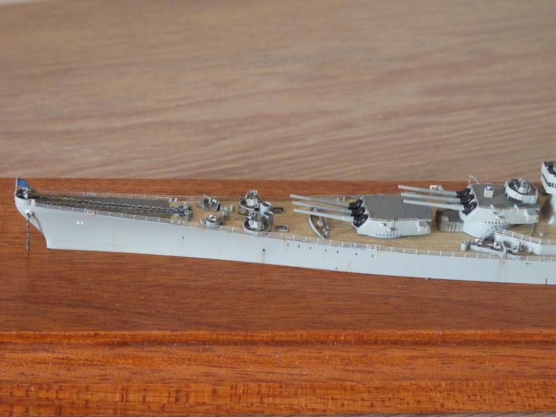 USS Missouri - BB 63 1/700 Tamiya   P1100863