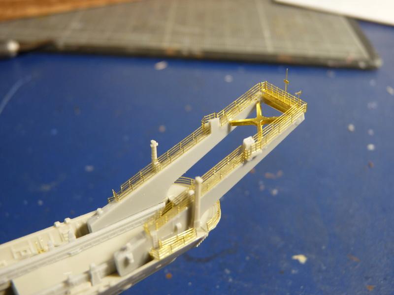 USS Newport - LST 1179 1/700 Orange Hobby   P1100871