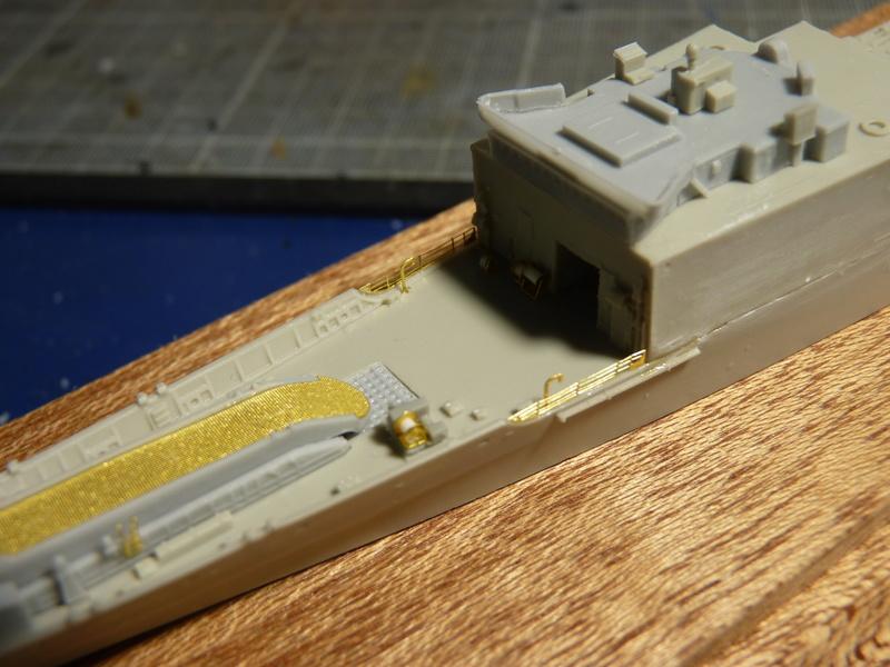 USS Newport - LST 1179 1/700 Orange Hobby   P1100882