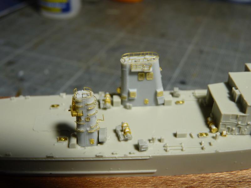 USS Newport - LST 1179 1/700 Orange Hobby   P1100884