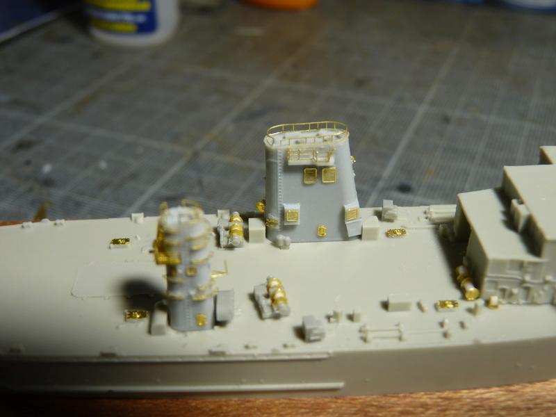 USS Newport - LST 1179 1/700 Orange Hobby   P1100885