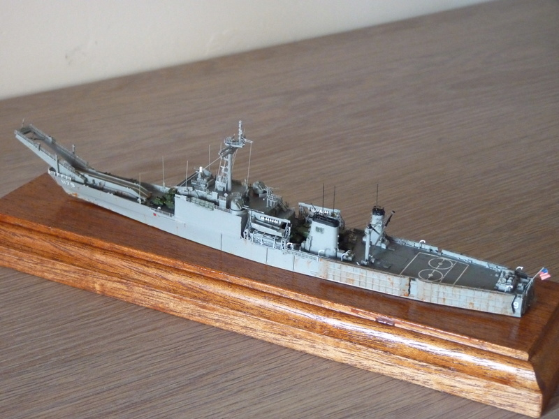 USS Newport - LST 1179 1/700 Orange Hobby P1100930